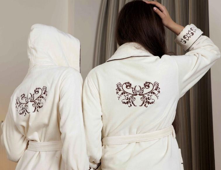 Вышивки на спине халата 87