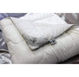 Одеяло с наполнителем микрофайбер Koral's