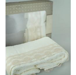 Набор махровых полотенец с кружевом Gupurlu(Кремовое кружево)