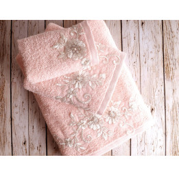"Полотенце махровое в коробке ""IRYA"" BELOVED гипюром (50x90) см 1/1"