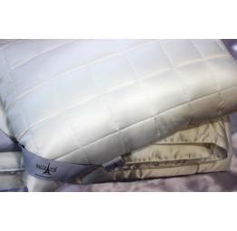 Подушка с покрытием из натурального шелка Silky Soft's