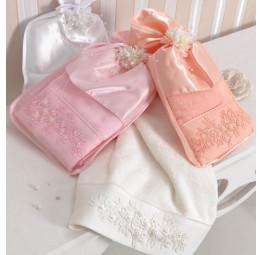 Эксклюзивное полотенце для Крещения(с вышивкой и искусственным жемчугом). Ручная работа. В шелковом мешочке Masal